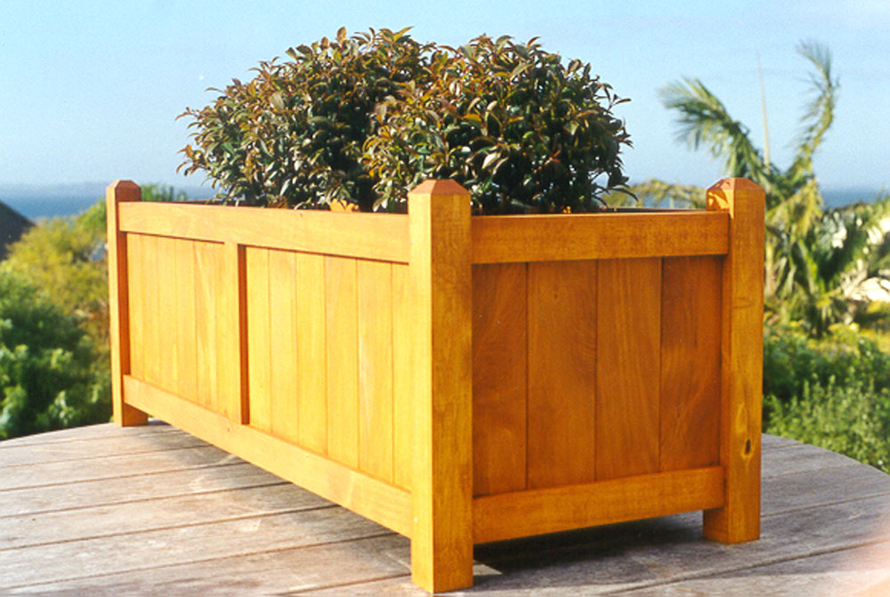 Coast Large Wooden Trough Planter In Natural Stained Finish